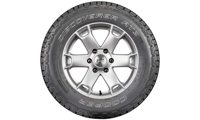 Cooper Discoverer AT3 4S Tire 3